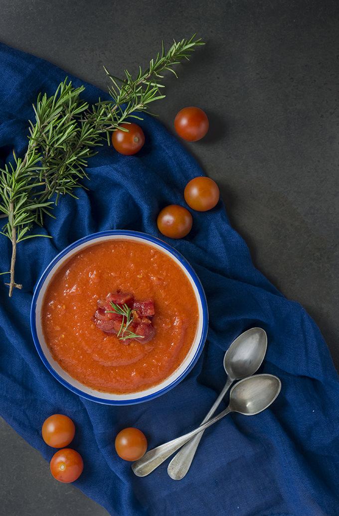 Sopa tomate romero paleo